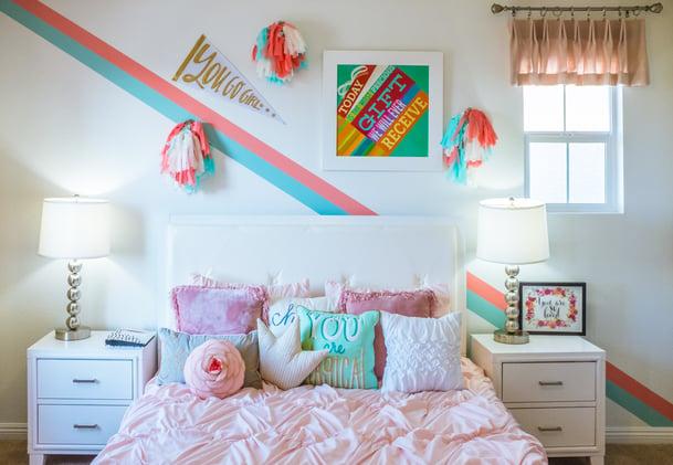 cheer leading bedroom